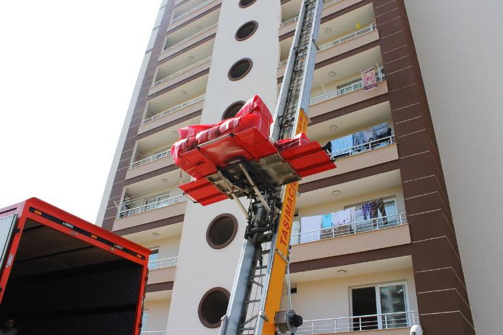 Güzelbahçe Asansörlü Ev Taşıma